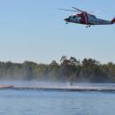 Sjöräddningens helikopter vid ytbärgningsövning